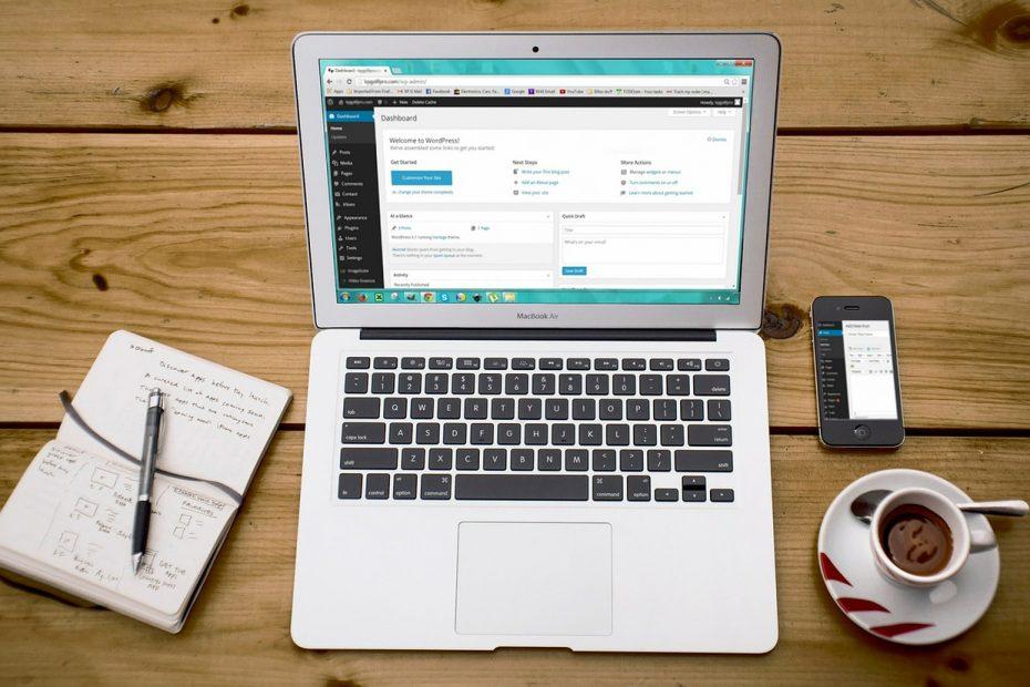 perbedaan wix dan wordpress